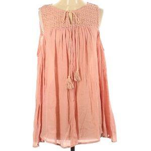 NWT leshop Crochet Cold-shoulder Pink Top